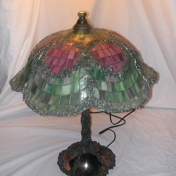 antique stained glass table lamp - Lamps