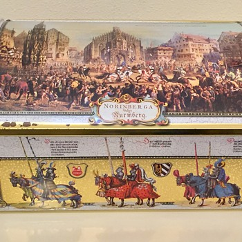 Otto Schmidt German Tin Medieval Knights Jousting With Fossilized Cookies - Advertising