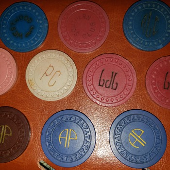VINTAGE POKER CHIPS - Games