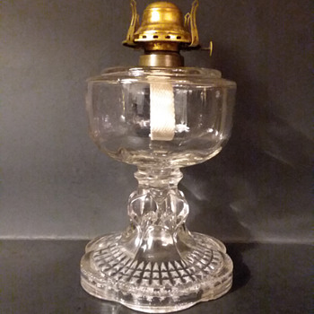 National Glass Company model 79D oil lamp, ca 1900, with Scovill  burner - Lamps