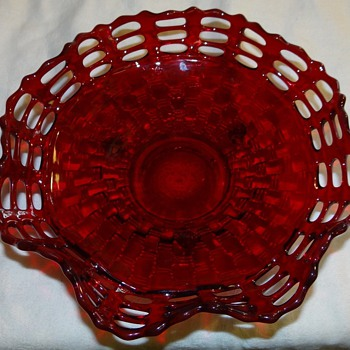 Triple open lace bowl,  - Glassware