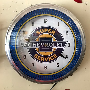 Chevrolet service dept clock  - Clocks