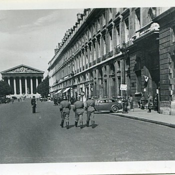 German Army in Paris 1940s - Military and Wartime