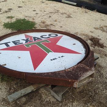 Vintage Texaco signs - Signs