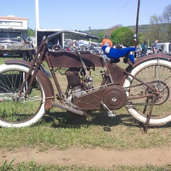 2011 Oley Pa Antique Motorcyle Show - Motorcycles