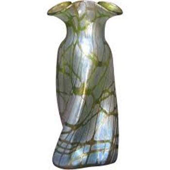 Nouveau Loetz Creta Pampas Propeller Shape Vase 1900's - Art Nouveau