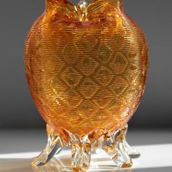 Stevens & Williams threaded glass footed vase