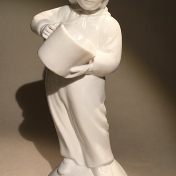 Figurine. Japanese girl with decanter??? - Figurines