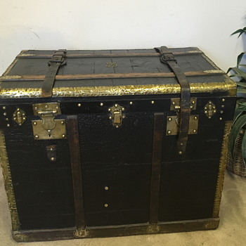 Antique French Trunk Louis Biancheri - Furniture