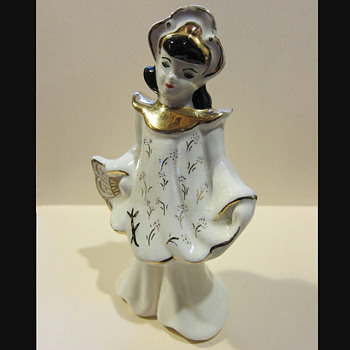 Vintage Asian Female Porcelain Figurine - Pottery