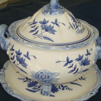 Blue and white Tureen - China and Dinnerware