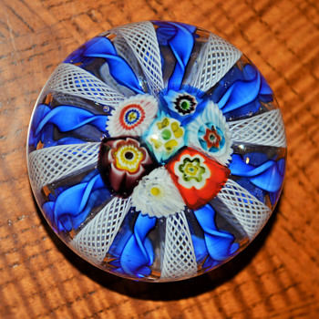 Beautiful Murano Paperweight - Art Glass