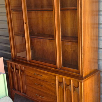 "Kent-Coffey ""Perspecta"" China Cabinet"