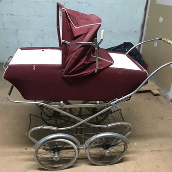 Neat Baby stroller.
