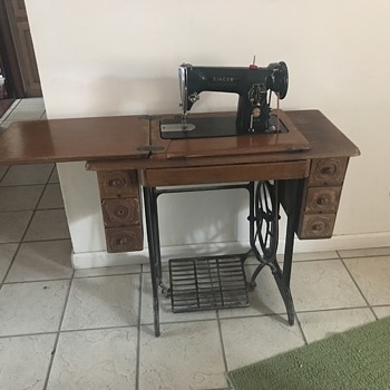 Singer sewing machine - Sewing
