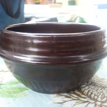 """KS"" SIGN POTTERY BOWL  - Kitchen"