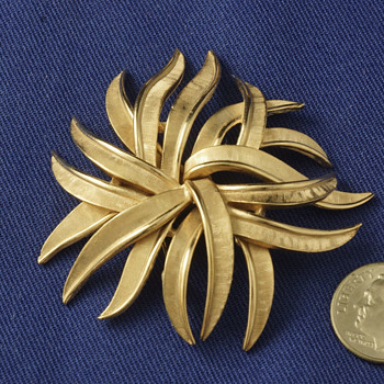 Trifari Stylized Flower Pin - Costume Jewelry