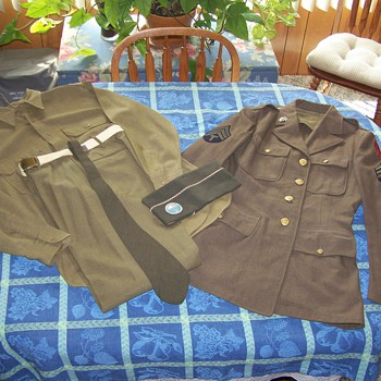 WWII First Special Service Force Dress Uniform. - Military and Wartime
