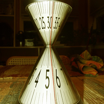 Hour Glass Clock, David Dear designer, 2003 - Clocks