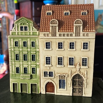 Looking like Amsterdam... - Pottery