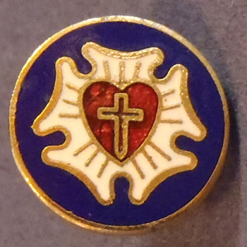 1 cm Military Tac Stick Pin, Cross Inside Red Heart, Blue Background - Medals Pins and Badges