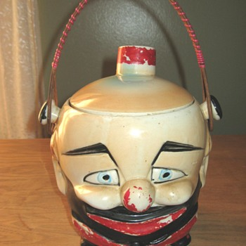 UNUSUAL JAPAN CHARACTER BISCUIT JAR. LOOKING  FOR AN ATTRIBUTION - Kitchen