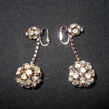 Vogue Jlry. rhinestone dangle earrings