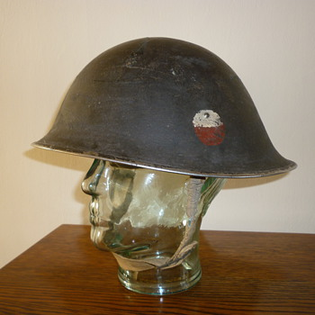 British late WWII steel combat helmet