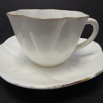 """Shelley """"Dainty"""" Cup and Saucer  - Rd 272101"""