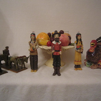 Happy Thanksgiving Antique Figurines, Fruit Basket, & Turkey. Gobble! Gobble! :) - Figurines