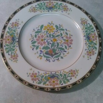 LENOX FLORAL PAINTED PLATE - China and Dinnerware