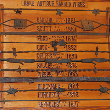 Barbed wire plaques 1 and 2 - Tools and Hardware