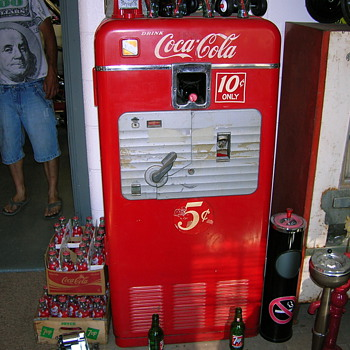 vmc 27a coke machine - Coca-Cola
