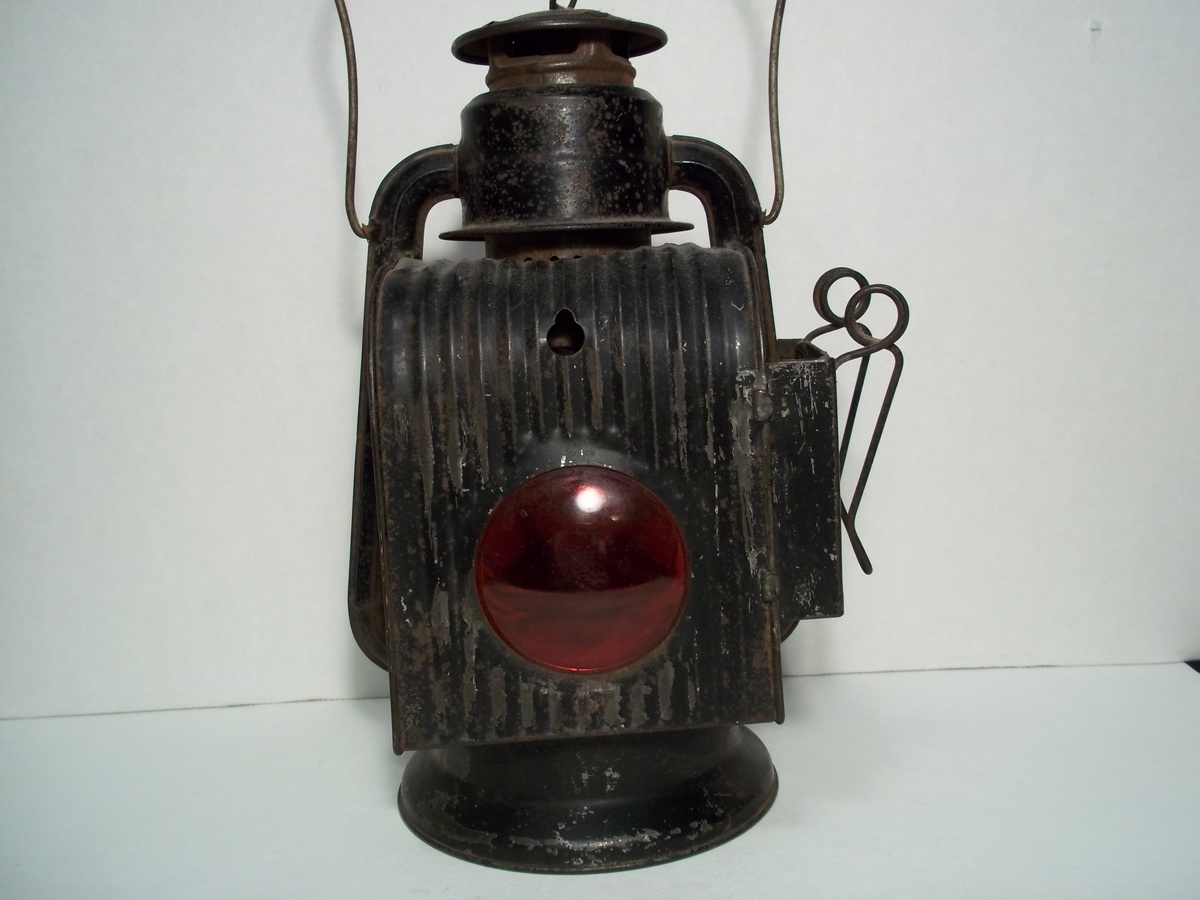 Dating railroad lanterns