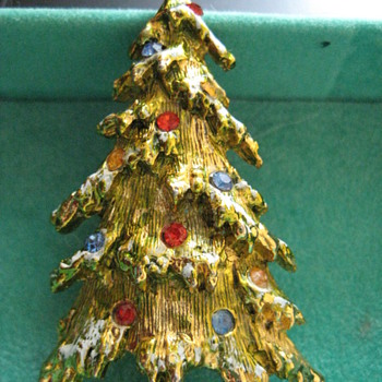 Vintage Christmas Rhinestones Snow-Flocked Tree Brooch by ART  - Christmas