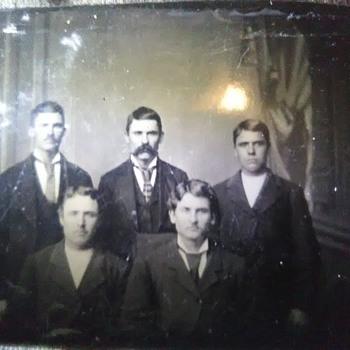 Earp brothers tintype photo ????