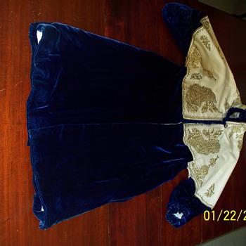 Victorian Woman's Velvet Coat - Womens Clothing