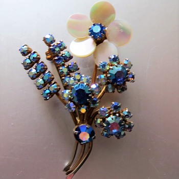 Flower Spray Brooch - Costume Jewelry