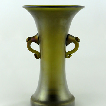 Loetz 346 / 474 Bronze Glatt Vase - Art Glass