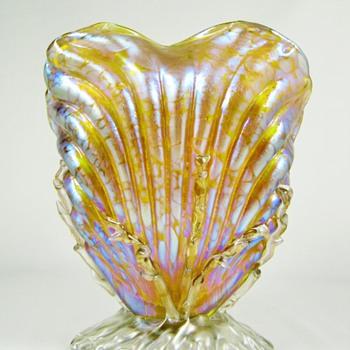 Loetz Candia Papillon Seashell Vase PN# I - 7855 ca. 1898 - Art Glass