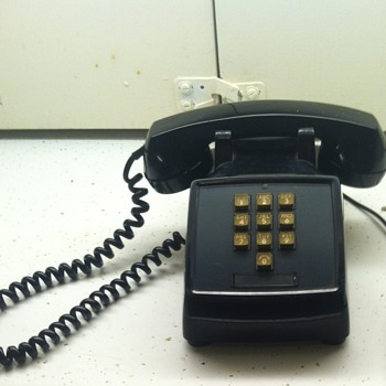 Western Electric 1500D black desk phone
