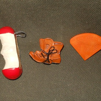 The Saturday Evening Scout Post Woggles Toggles and Sliders - Sporting Goods