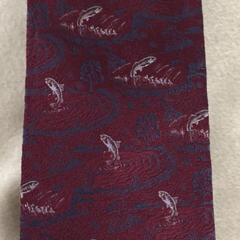 Fish jumping out of water necktie