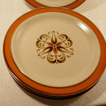 Mid Century Made in Japan Stoneware Plates Makers Mark - Kitchen