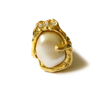 "Vintage Jonathan Bailey for Trifari ""Sculpturesque"" Ring"