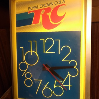 RC Cola clock - Clocks