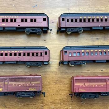 HObbyline 1954 SET #450 the PRR Metropolitan. - Model Trains