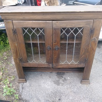 Found this hutch today wondering if anyone could identify anything aboit it - Furniture