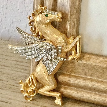 PALOMINO PEGASUS by K.J.L...yes, another one! - Costume Jewelry