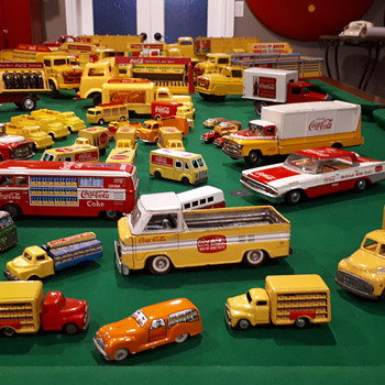 Coca Cola trucks and cars ! - Coca-Cola